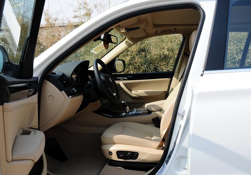 2011款 xDrive28i 豪华型